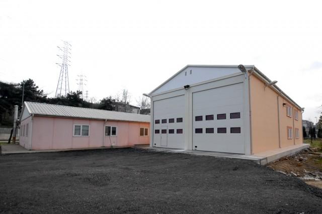 Batiments De Peloton Et De Garage De La Direction De Sapeurs-Pompier De La Municipalite De Metropole